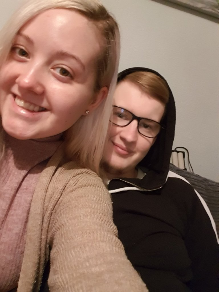Alannah and Jamie are engaged after meeting on an ostomy support group